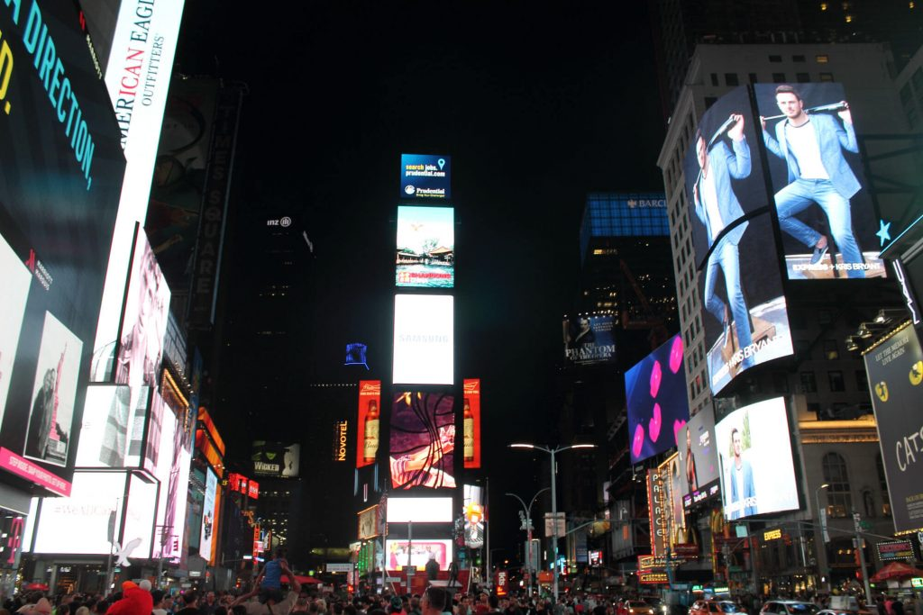 Times Square Nuit