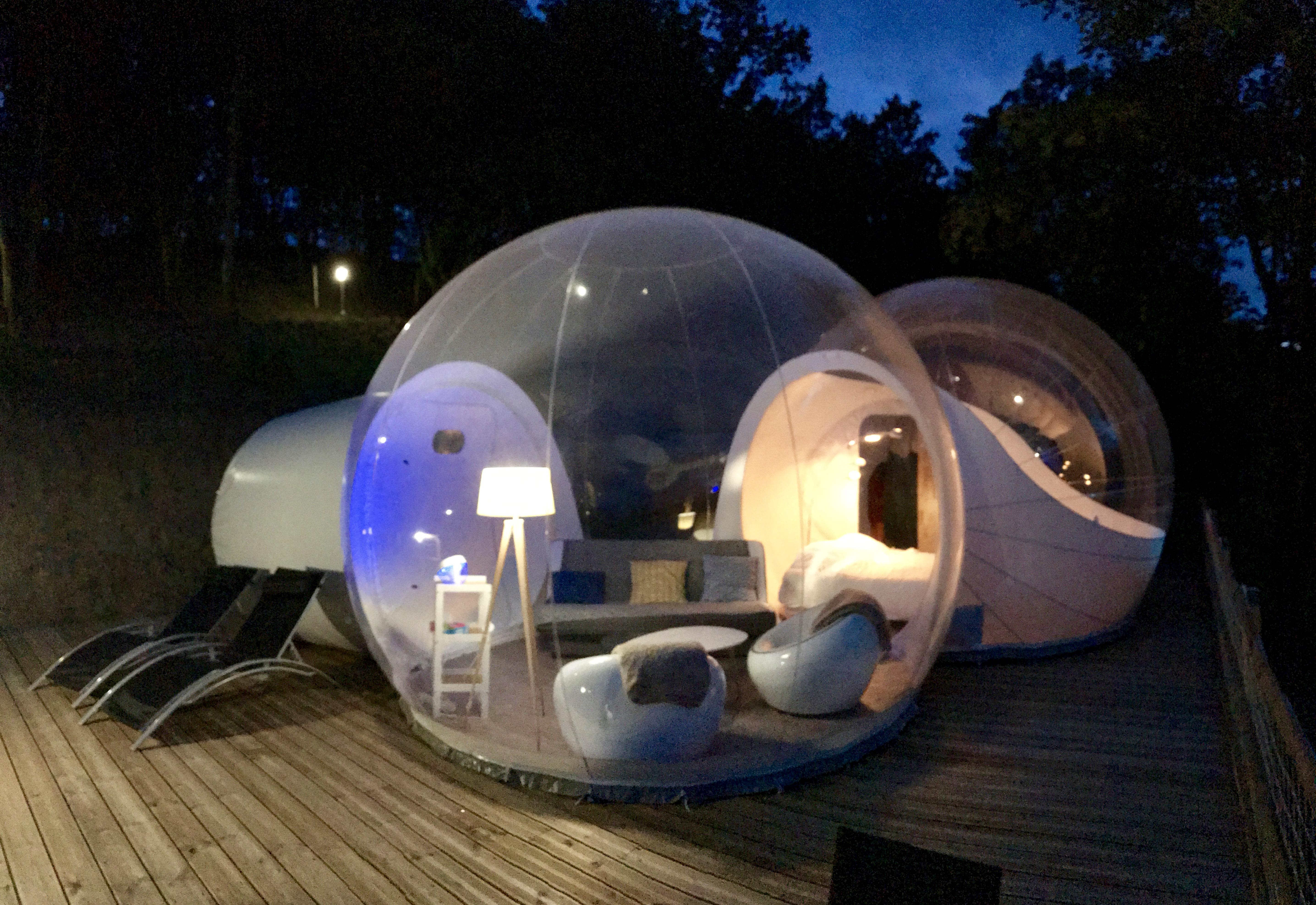une nuit insolite la bulle toil e wolidays le blog voyage. Black Bedroom Furniture Sets. Home Design Ideas