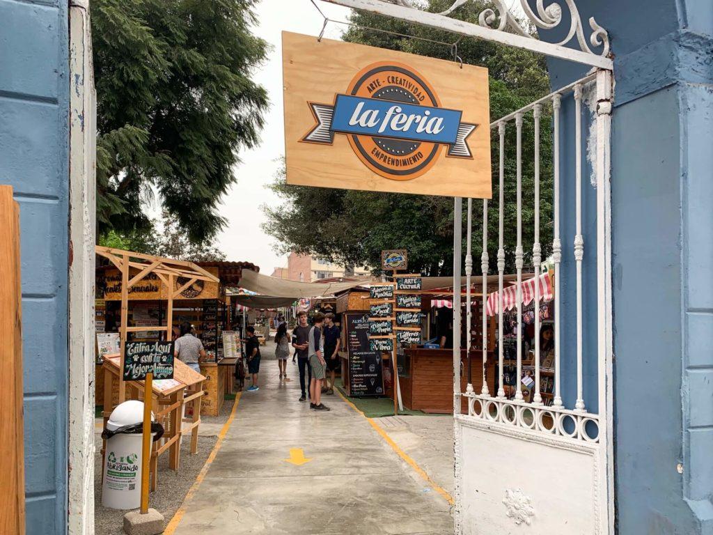 Shopping à la Feria à Lima dans le quartier de Barranco