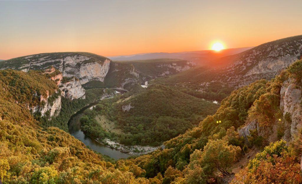 Coucher de soleil sur les Gorges de l'Ardèche