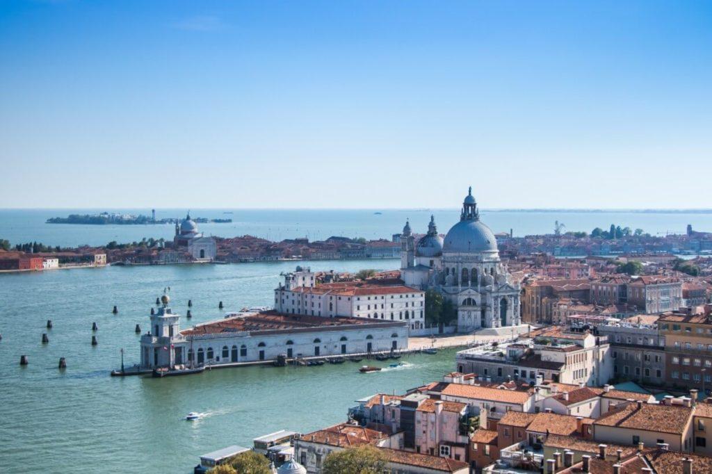 Pointe de la Douane Venise